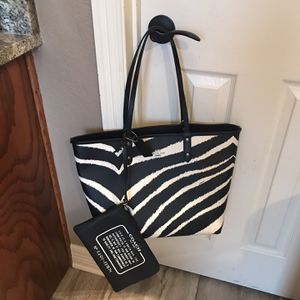 Coach Reversible Bag New for Sale in Harker Heights, TX