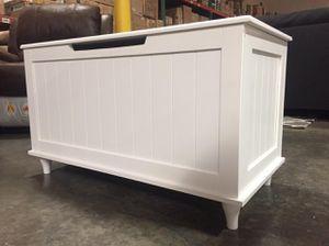 White Storage Bench, 6609 for Sale in Norwalk, CA