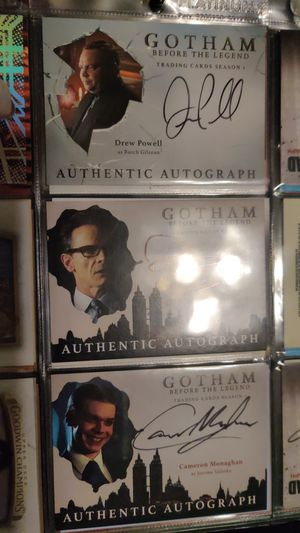 Gotham autographs for Sale in Chicago, IL