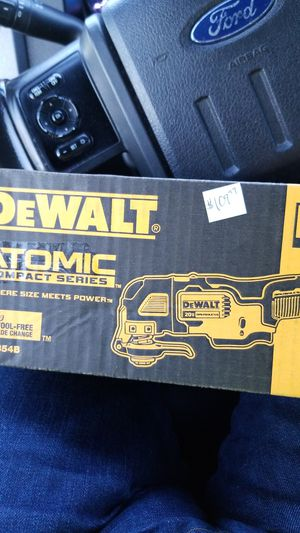 DeWalt multi-tool for Sale in Germantown, MD