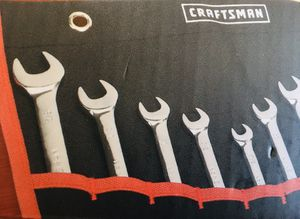 Combination Wrench with Roll Pouch 10pc CRAFTSMAN for Sale in Lake Elsinore, CA