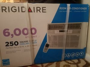 frigidaire 6000 btu air conditioner for Sale in Columbus, OH