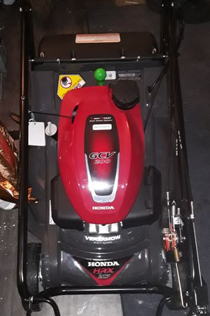 Honda lawnmower retail price 800$ super buy at any time of year for Sale in Salt Lake City, UT