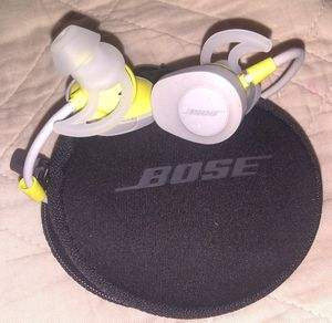 Bose soundsport bluetooth headphones for Sale in Columbus, OH