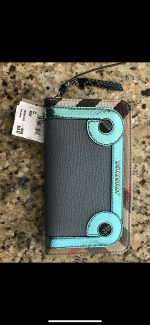 Burberry wallet for Sale in Granby, CT