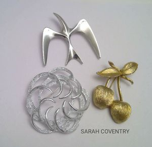 Vintage Signed Sarah Coventry Brooches for Sale in Frederick, MD