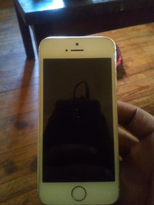 iPhone 5 clean for Sale in Detroit, MI