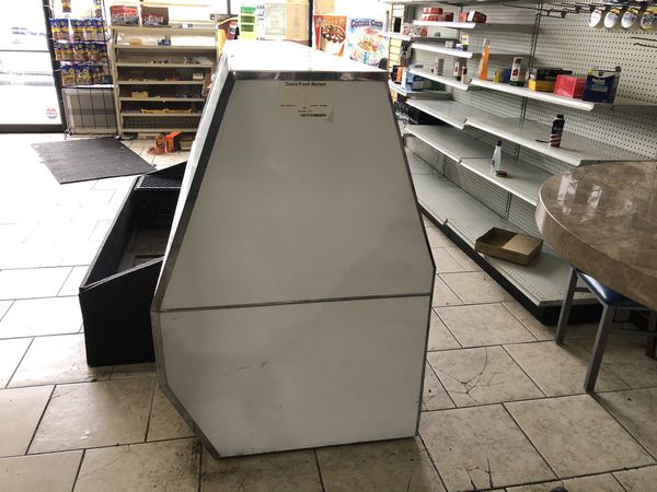 Restaurant equipment cooler