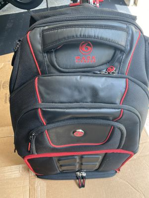 6 pack Fitness gym bag for Sale in Marietta, GA