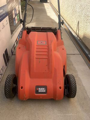 Black And Decker Electric Lawn Mower, for Sale in Kingsburg, CA