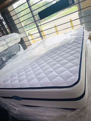 Mattress y boxspring queen size firm for Sale in Houston, TX