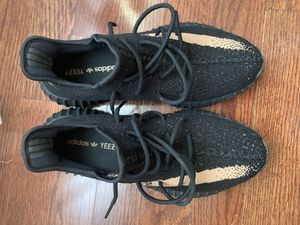 Yeezy 350 Core Black Copper for Sale in Sylmar, CA