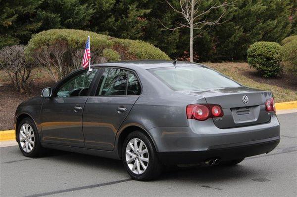 2010 Volkswagen Jetta Sedan