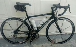Specialized Roubaix carbon road bike - frame size 52 for Sale in Orlando, FL