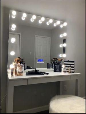 Hollywood Vanity Mirror Pro for Sale in Atlanta, GA