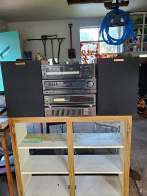 Vintage stereo equipment for Sale in Warren, MI