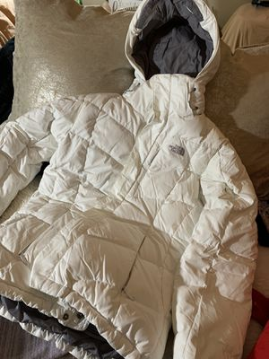 White The North Face down jacket, size M for Sale in Seattle, WA