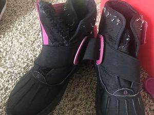 Girls sneaker boot for Sale in Baltimore, MD