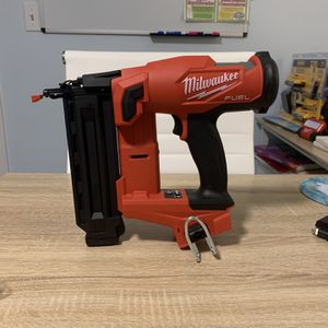M18 FUEL 18-Volt Lithium-Ion Brushless Cordless Gen II 18-Gauge Brad Nailer (Tool-Only) for Sale in Levittown, PA