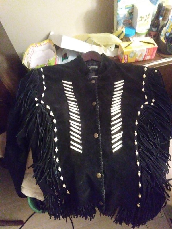 MEN'S XXL BLACK, BONE and BEADED ACCENTS & FRINGED SUEDE LEATHER JACKET