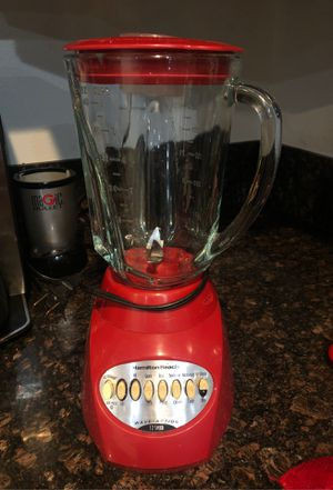 Hamilton Beach blender in Red for Sale in Lynwood, CA
