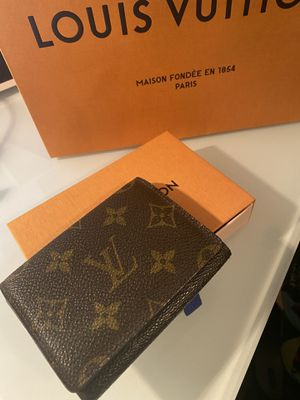 Authentic Louis Vuitton Card Holder for Sale in Weymouth, MA