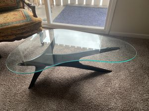 Antique Glass Coffee Table *GREAT CONDITION* for Sale in Fresno, CA