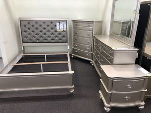 New Luxury Bedroom Set. Free Delivery! for Sale in Los Angeles, CA