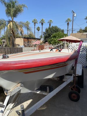 16ft boat with 350 Chevy engine need gone ASAP for Sale in Irwindale, CA