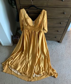 Gold prom dress for Sale in Perris, CA