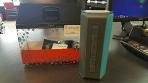 Bluetooth speaker for Sale in Chicago, IL