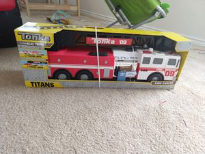 Tonka Real Touch fire Engine Rescue 09 3+ for Sale in Fort Worth, TX