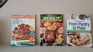 3 weight watcher small cookbooks for Sale in Chambersburg, PA