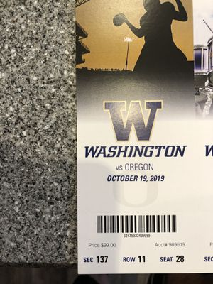 Husky vs Oregon tickets sat 12:30 $99 each for Sale in Seattle, WA