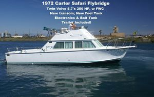 28 Safari Flybridge w twin Volvo motors, Only 21,900 w Trailer. Visit {url removed} for more details for Sale in Long Beach, CA
