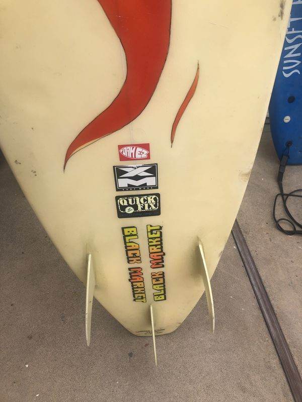 8 ft longboard (hard) 3 fins (surfboard)