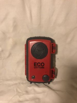 Eco extreme water proof speaker case for 5 inch phone's. for Sale in Tucson, AZ