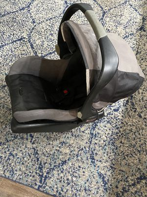 Britax infant carseat for Sale in San Diego, CA