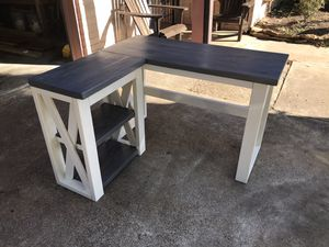 Solid wood desk for Sale in Houston, TX