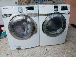 Samsung steam front load washer and dryer for Sale in Miami, FL