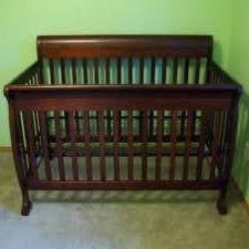 Baby Crib Like New Espresso for Sale in Allen Park, MI