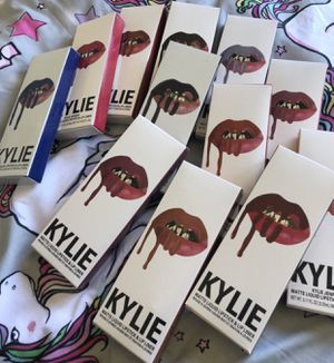 Kylie liquid lipstick and lip liner. NEW! for Sale in Ravenswood, WV