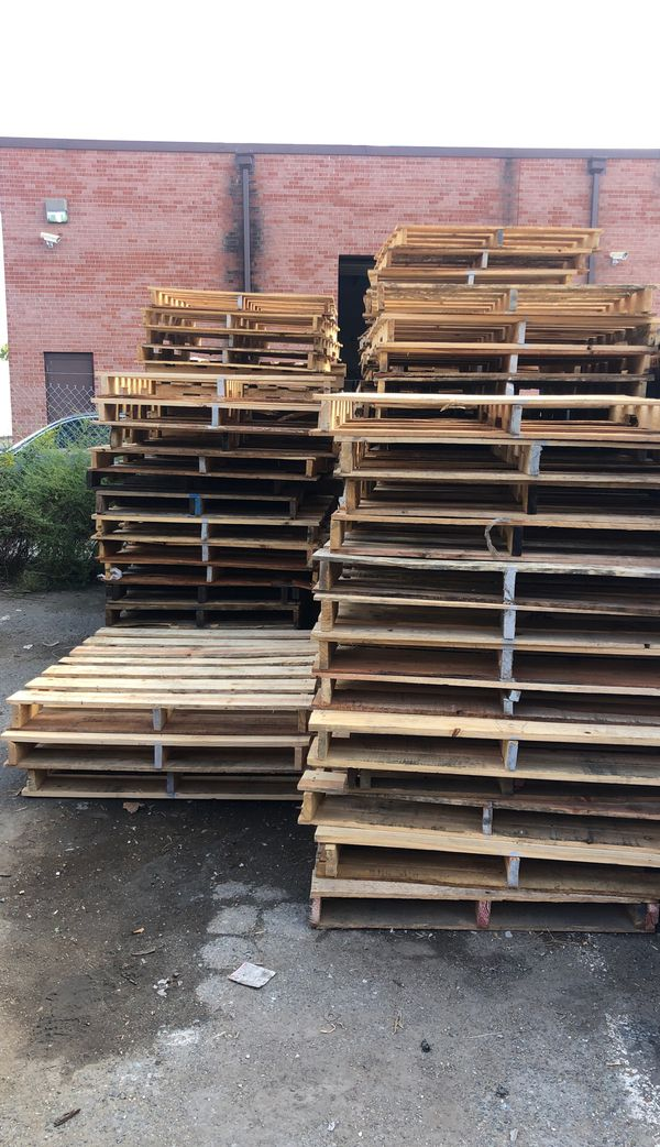 pallets all you can carry!!! Free free free!!!!!!