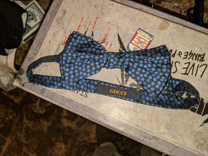 Gucci bow tie for Sale in Alexandria, KY