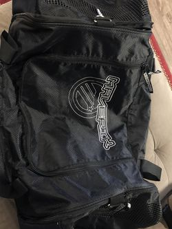 Sport Duffle Bag for Sale in Lynnwood,  WA