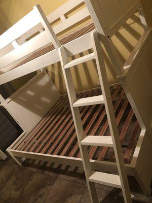Bunk bed Twin/Full Wood White for Sale in Phoenix, AZ