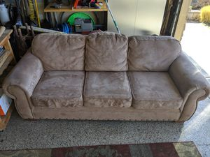 Microfiber Suede Couch for Sale in Prineville, OR