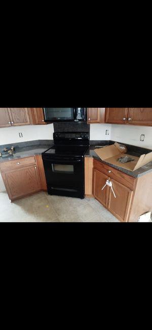 Kitchen cabinets for Sale in Dallas, NC