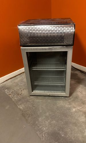 Mini fridge for Sale in Lenoir City, TN