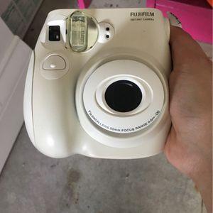 FujiFilm Instand Camara for Sale in Kissimmee, FL